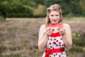 Model: Alisa Heleine, hair and makeup: Janina Eckweiler, styling: Leo Sophia Photography