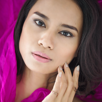 Model and makeup: Sasikan Chaipratoom, styling: Leo Sophia Photography