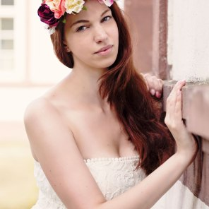 Model and makeup: Kaylie, styling: Leo Sophia