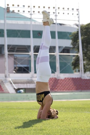 Stadion shooting yoga
