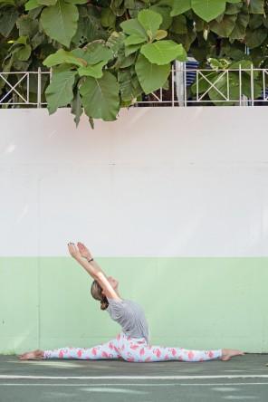 Stadion shooting yoga