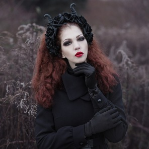 Model: Kaylie, hair and makeup: Hanna Schmittdiel. Published in Dark Beauty Magazine.